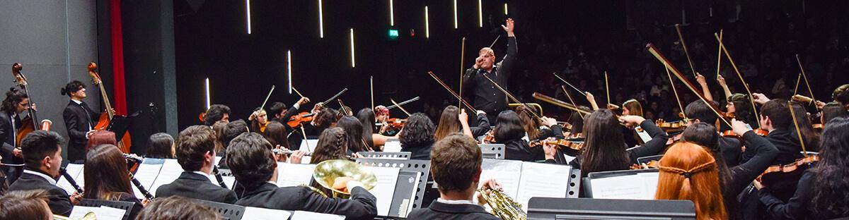 Puentealtinos participaron en el 1º Concierto Sinfónico del Centro Cultural de Puente Alto.