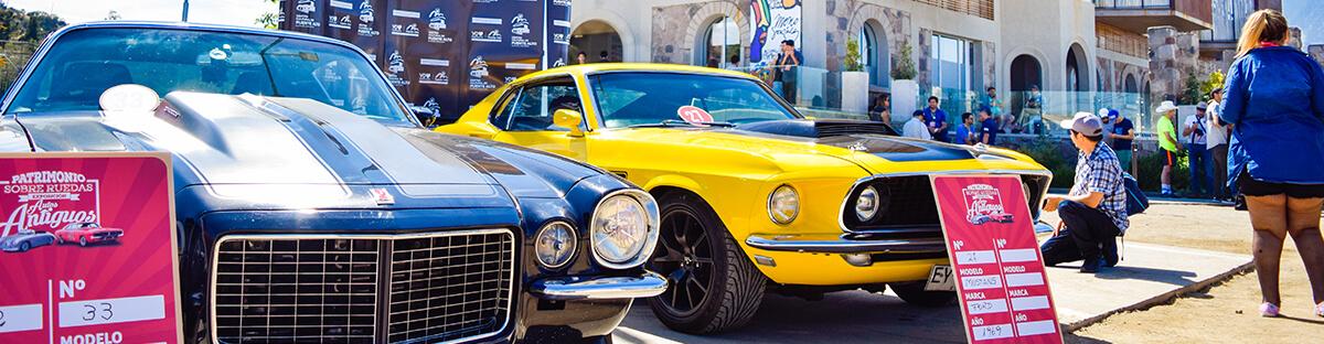 Patrimonio sobre ruedas: los autos clásicos visitaron Puente Alto.