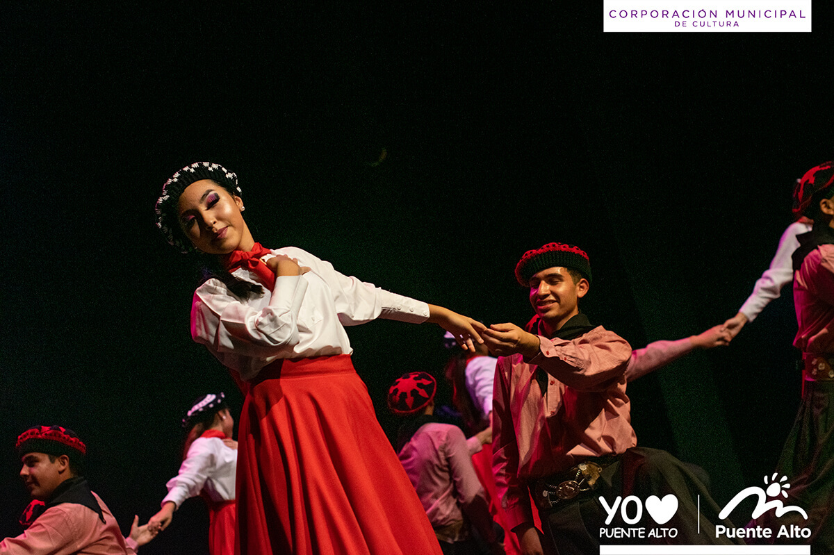 Con una gran fiesta Alma Puentealtina celebró su aniversario.