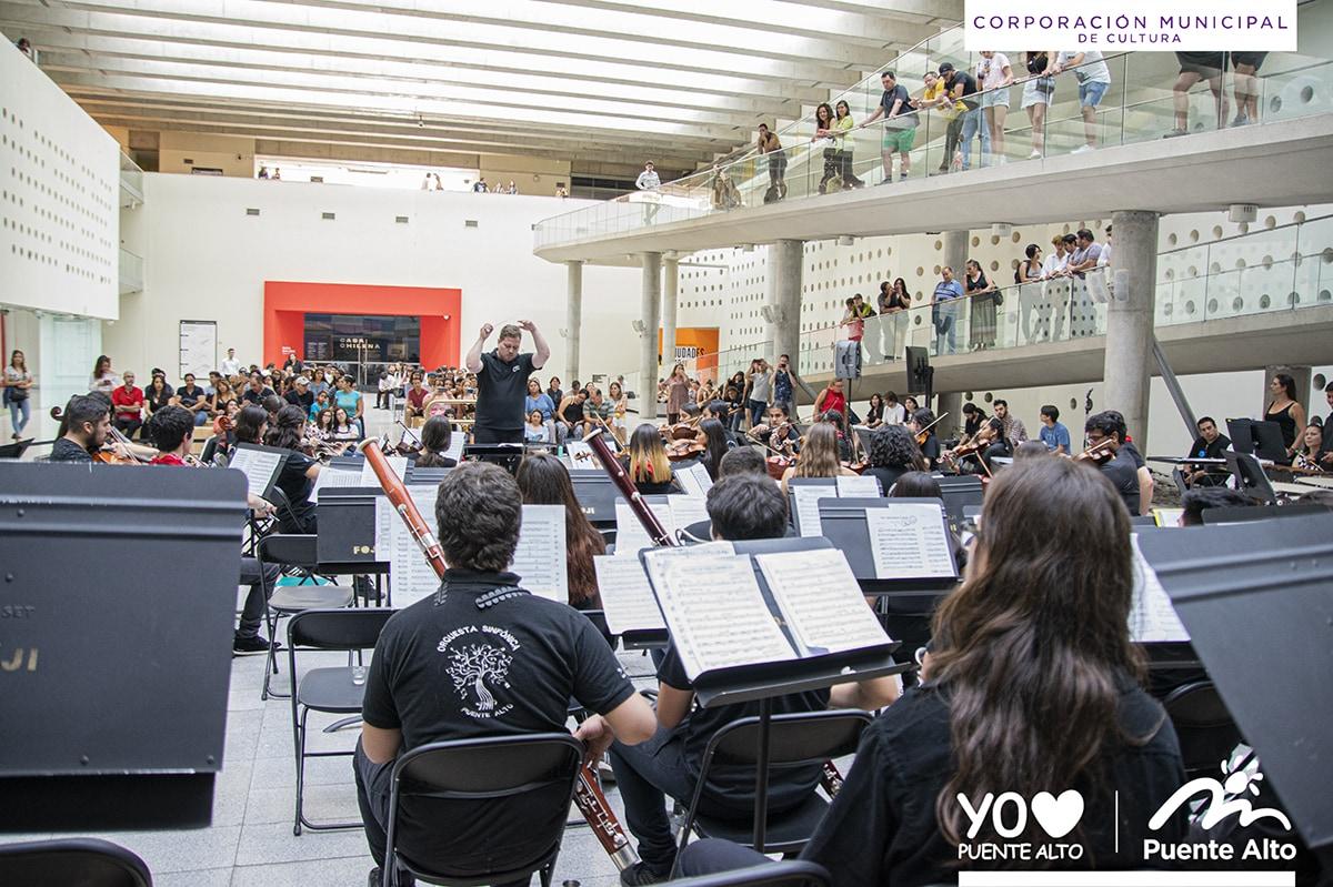 Nuestra Orquesta Sinfónica Juvenil  participó en los Conciertos de Verano de la FOJI.